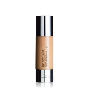 moisture-foundation-spf15-1-640x640